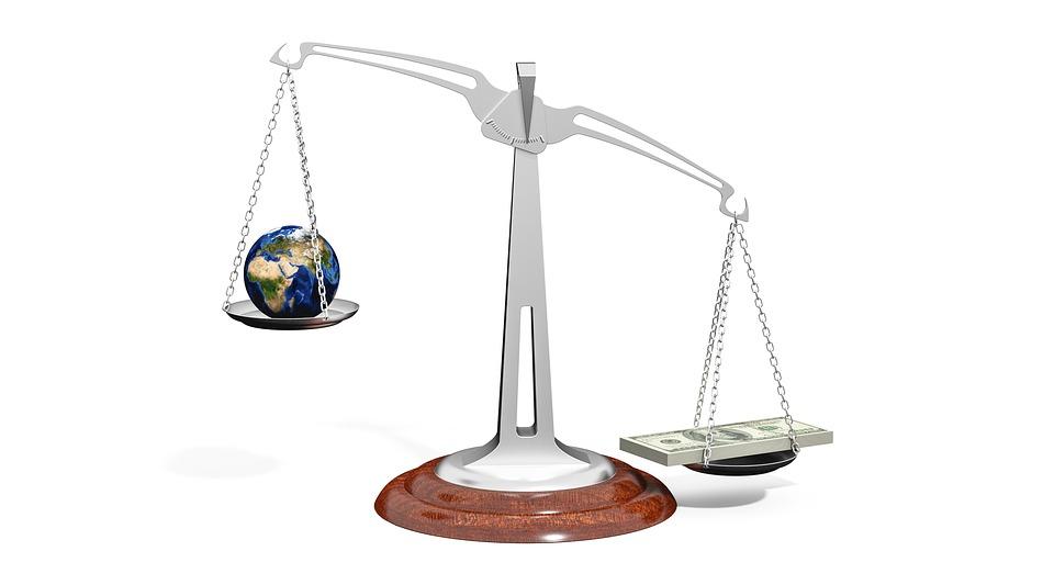 Laik Sistemde Hukuk Üstün Olamaz